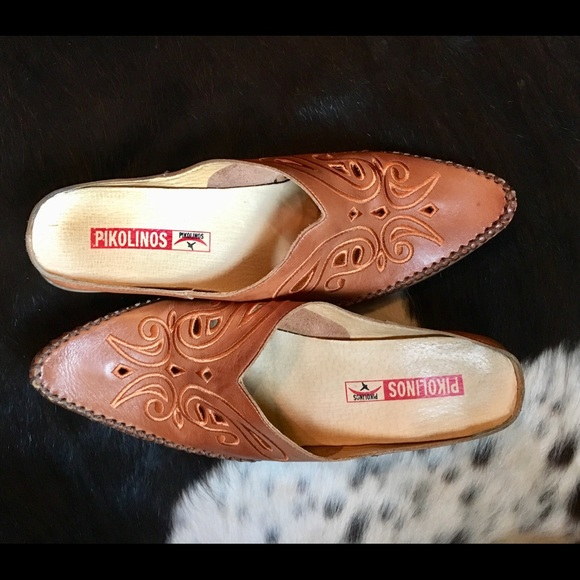d2316577dd73a PIKOLINOS Shoes   Brown Leather Slide Mules Sz 10   Poshmark